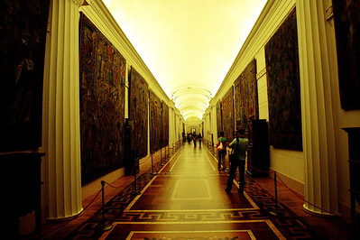 StPetersburg_Hermitage_Hall_Tapestries_TRA5248