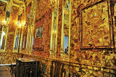 StPetersburg_Catherine_Palace_Amber-room_edited_TRA5516