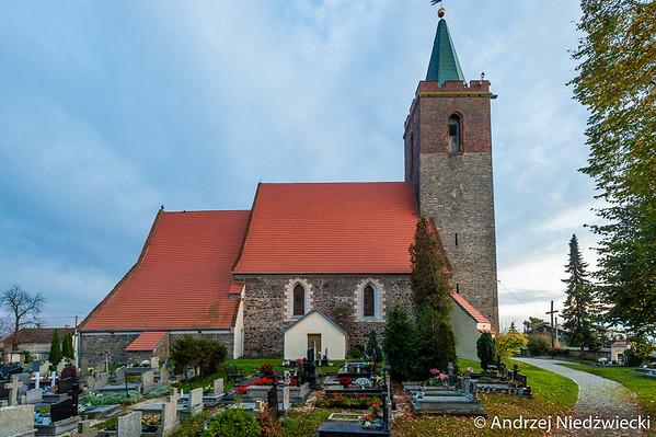 Kościół Narodzenia Najświętszej Maryi Panny - Turów-gmina Żórawina- sanktuarium Św Rity