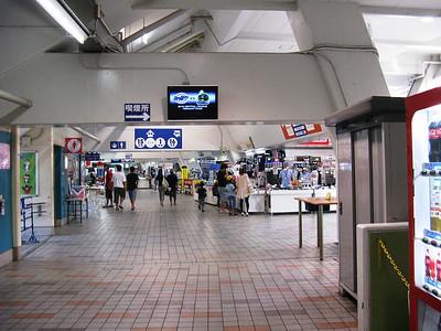 Yokohama Stadium - concourse