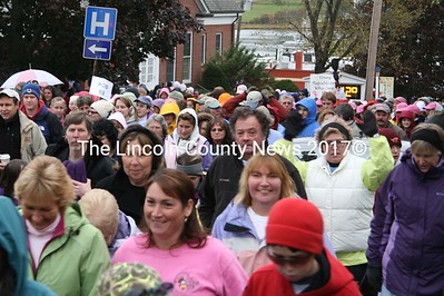 Hundreds of people crowded Main St. in Damariscotta on Oct. 18 for the 12th annual Making Strides Against Breast Cancer walk. (J Maguire photo)
