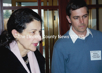 Maine Sen. Olympia Snowe and her staffer focusing on policy, Michael Conathan. (Kim Fletcher photo)