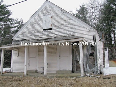 The Sand Hill School is slated for demolition, following the Somerville annual town meeting on March 28. (J Maguire photo)