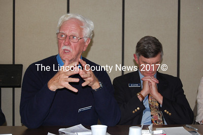 District 61 Rep. Bruce MacDonald (left) speaks as District 53 Rep. Les Fossel contemplates his next point. (J.W. Oliver photo)