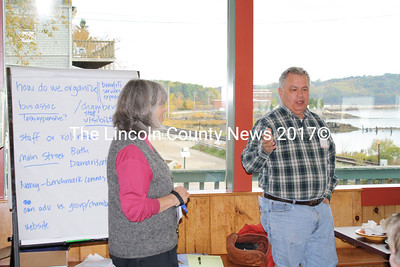 Lincoln County Director of Development Mary Ellen Barnes discusses possible scenarios for a business association with Avalon Antiques owner Bill Belmore during a meeting Oct. 14 at Sarahs Cafe (Matthew Stilphen photo)