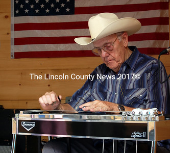 "Pedal steel legend and Maine County Music Hall of Famer Fred ""Tommy"" Thompson. (Samuel J. Baldwin photo)"