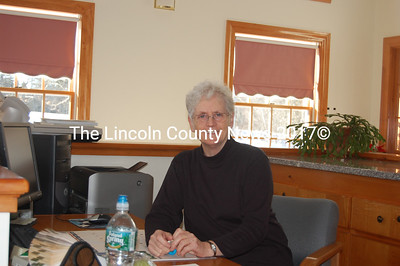 Former South Bristol Town Clerk Mary Jane McLoon returns (briefly) to her desk Feb. 4. (J.W. Oliver photo)