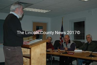 Waldoboro Public Library Director Tim Mcfadden addresses the Waldoboro Board of Selectmen on March 8. (Samuel J. Baldwin photo)