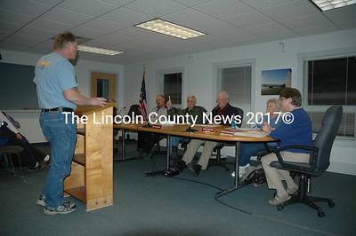 Waldoboro resident Craig Lewis addresses the Waldoboro Board of Selectmen on March 8. (Samuel J. Baldwin photo)