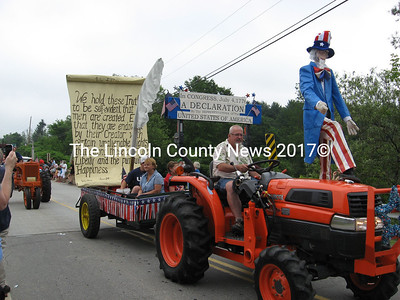 """Whitefield parade winners were the Dan and Dolly Burns family, with their """"Declaration of Independence"""" float. (Lucy Martin photos)"""
