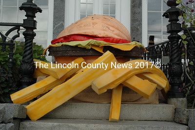 The Newcastle Publick House and Coveside Restaurant and Marina sponsored this pumpkin cheeseburger. Sam Kaler grew the 354-pound pumpkin. (J.W. Oliver photo)