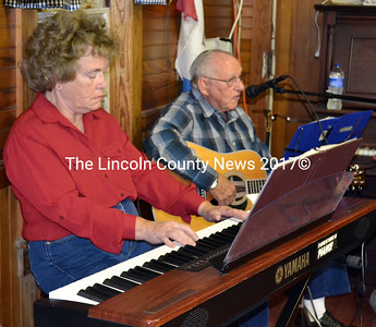 Bonnie Hendsbee on keyboard and Bud Knight on guitar entertain during the final performace of the Monday Night Gang in Alna. (Kathy Onorato photo)