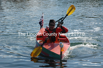 Tim Smith, of Boston, races the Tidaly-Idaly to a win in the individual paddle division of the Damariscotta Pumpkinfest Regatta Oct. 14. (J.W. Oliver photo)