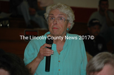 Newcastle resident Mary Chase speaks out against a zoning amendment at annual town meeting June 17. (J.W. Oliver photo)