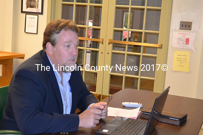 H.M. Payson Managing Director Daniel M. Lay, explains to Wiscasset Selectmen Tuesday evening, the impact to the town's Reserve Account if $2 million is withdrawn. (Charlotte Boynton photo)