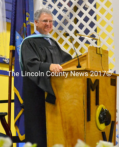Principal Harold Wilson smiles at the crowd. (D. Lobkowicz photo)