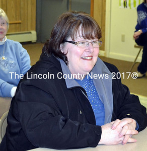 Marian Anderson tells Edgecomb selectmen she intends to resign from her postion as the tonw's code enforcement officer effective March 1. (Kathy Onorato photo)