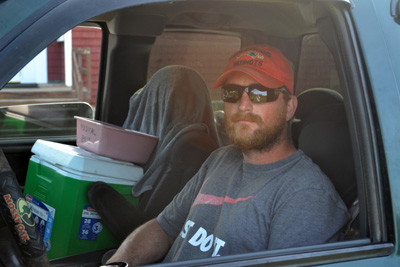 Roman Mank, of Waldoboro, camped out at the Bremen Town Center for just shy of a week to secure a non-resident commercial clamming license. (D. Lobkowicz photo)