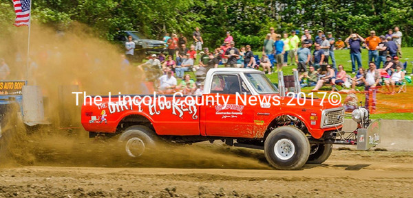 Chapman Cleaning up on State Fair Truck-Pulling Circuit