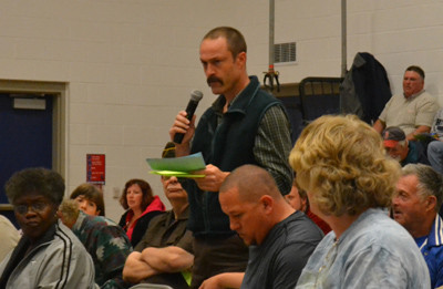 Jefferson Budget Committee member Wayne Parlin moved to cut $60,000 from the regular instruction budget category for several different reasons, but the amendment failed to pass. (D. Lobkowicz photo)