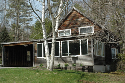 The town of Newcastle has told a local landlord she cannot continue to rent her 567 River Rd. house because the property is not safe. The landlord   has disputed the town's findings. (J.W. Oliver photo)