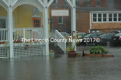 Flooding around Lincoln County 9-30-15