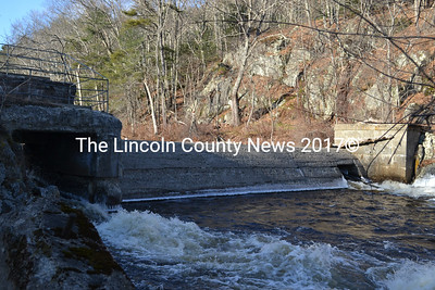 Head Tide Dam in Alna on Dec. 31. The Alna Board of Selectmen is putting a call out for a committee to discuss proposals by the Sheepscot Valley Conservation Association and the Atlantic Salmon Federation to put a fishway in the dam. (Abigail Adams photo)