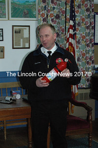 Waldoboro Fire Chief Paul Smeltzer speaks to members of Meenahga Grange about fire safety in the home on March 23. (Laurie McBurnie photo)