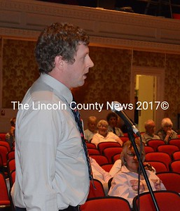 John Roberts addresses the annual town meeting at Lincoln Theater in Damariscotta Wednesday, June 10. (Sherwood Olin photo)