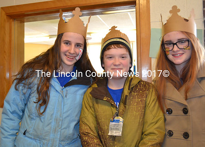 The Wiscasset sophomore's winning dog sled team, left to right, Leah Potter, Matthew Martin, and Sarah Foley. (Charlotte Boynton photo)