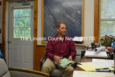 Jonathan DeWick, of Pine Tree Engineering, meets with the Westport Island Board of Selectmen on Thursday, Oct. 6. (Charlotte Boynton photo)
