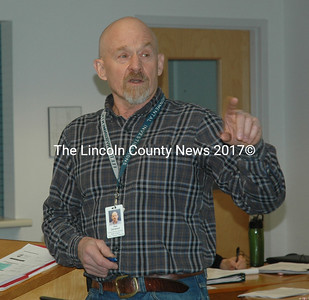 Phil Garwood, of the Maine Department of Environmental Protection, gives a presentation to the Waldoboro Board of Selectmen and members of the public on the progress and ongoing efforts of the Medomak River Water Quality Task Force. (Alexander Violo photo)