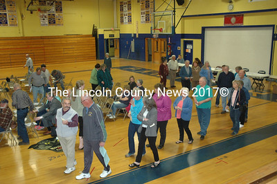 Voters wait to cast their ballots during the RSU 40 budget meeting on Tuesday, May 17. (Alexander Violo photo)