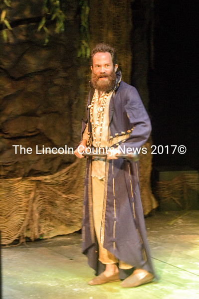 Steven Shema as Prospero (Eleanor Cade Busby photo)