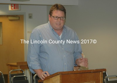 Waldoboro Conservation Commission Chairman Scott Byrd discusses signage for the town's parks with the Waldoboro Board of Selectmen on Tuesday, Sept. 13. (Alexander Violo photo)
