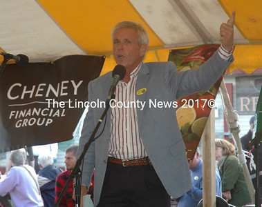 Tom Myers announces the grant award winners at the Pemaquid Oyster Festival in Damariscotta on Sunday, Sept. 25. (Alexander Violo photo)