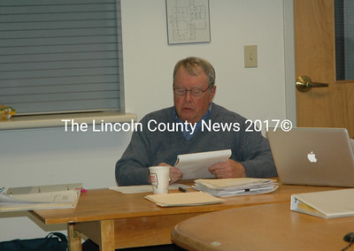 Waldoboro interim Town Manager Bert Kendall asks for public input during a meeting of the town manager search committee. (Alexander Violo photo)