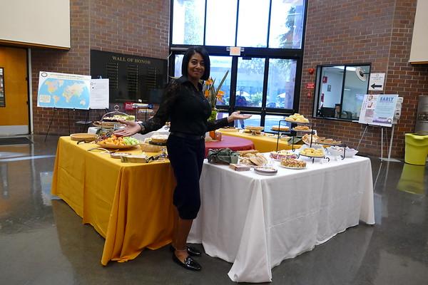 2017-11-14 Thanksgiving Dessert Reception