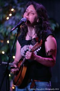 Lucy Kaplansky 11
