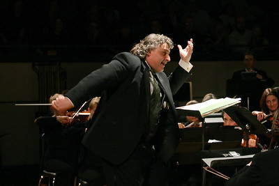 Plymouth Philharmonic Director Steven Karidoyanes