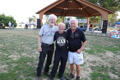 Barry, Tamborine Man & Mike 2019