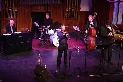 Jazz Festorganizer Johnny Souza and his quartet get the 3 day festival under way.