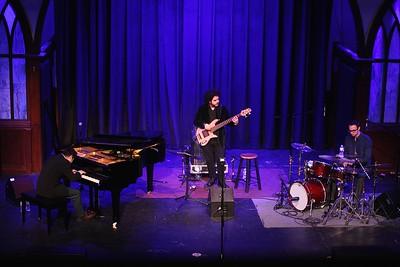 Edar Trio 27
