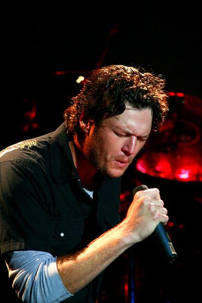 Blake Shelton Concert at Indian Summer  (32)