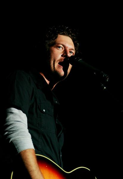 Blake Shelton Concert at Indian Summer  (14)