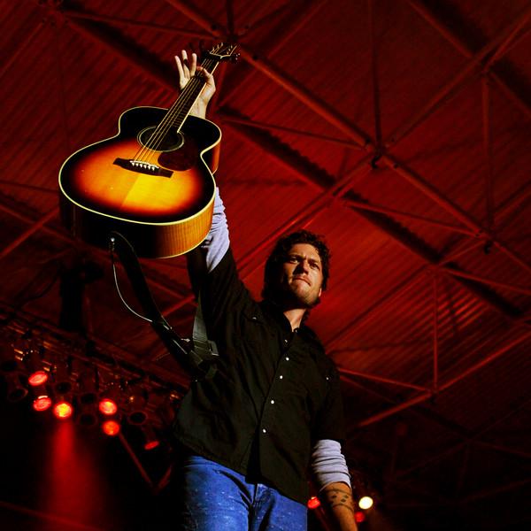 Blake Shelton Concert at Indian Summer  (2)sq