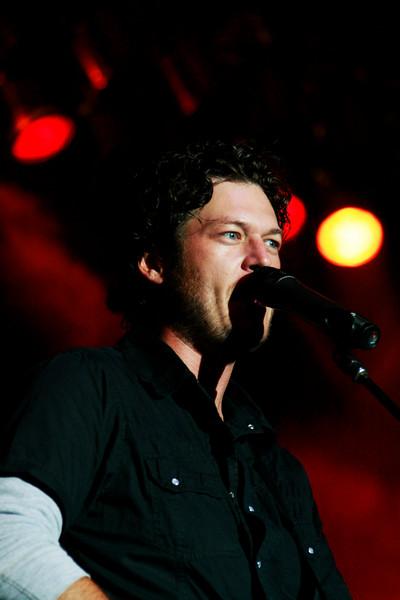 Blake Shelton Concert at Indian Summer  (16)