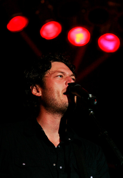 Blake Shelton Concert at Indian Summer  (18)
