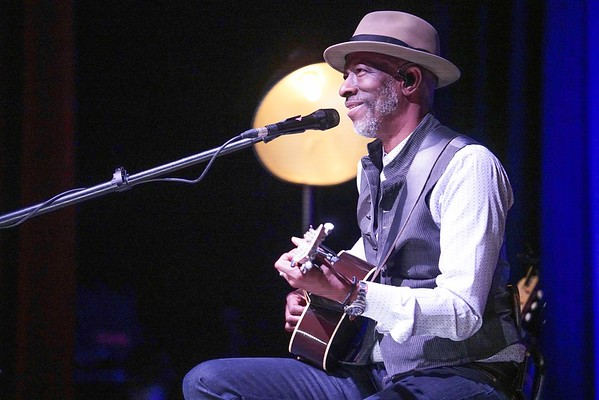 Keb Mo live at PAC