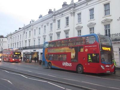 Group Unibuses 10040 KX12GXJ on U1 and 10038 KX12GXG on 67 Parade, Leamington Spa